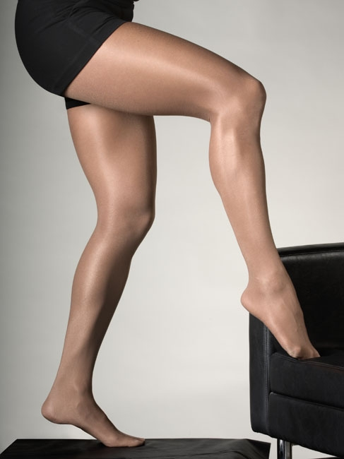 2a9ffaa17 Peavey Suntan Footed High Gloss Tights